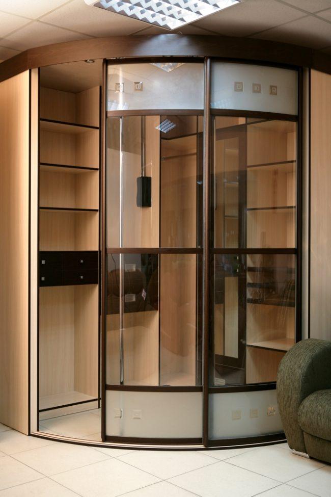 шкафы купе с круглыми дверями фото журналистика искусство